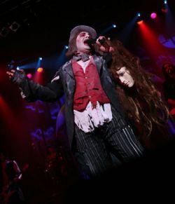 Vampires Rock Stringfellow Singing